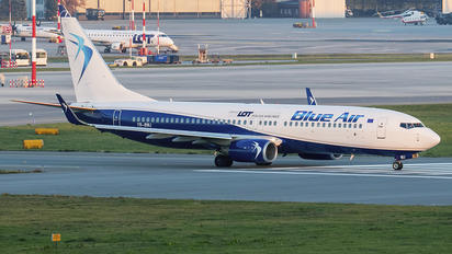 YR-BMJ - Blue Air Boeing 737-800
