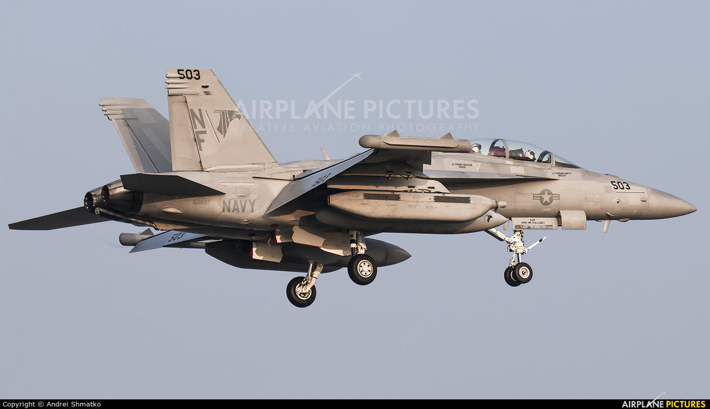 USA - Navy 168897 aircraft at Iwakuni MCAS