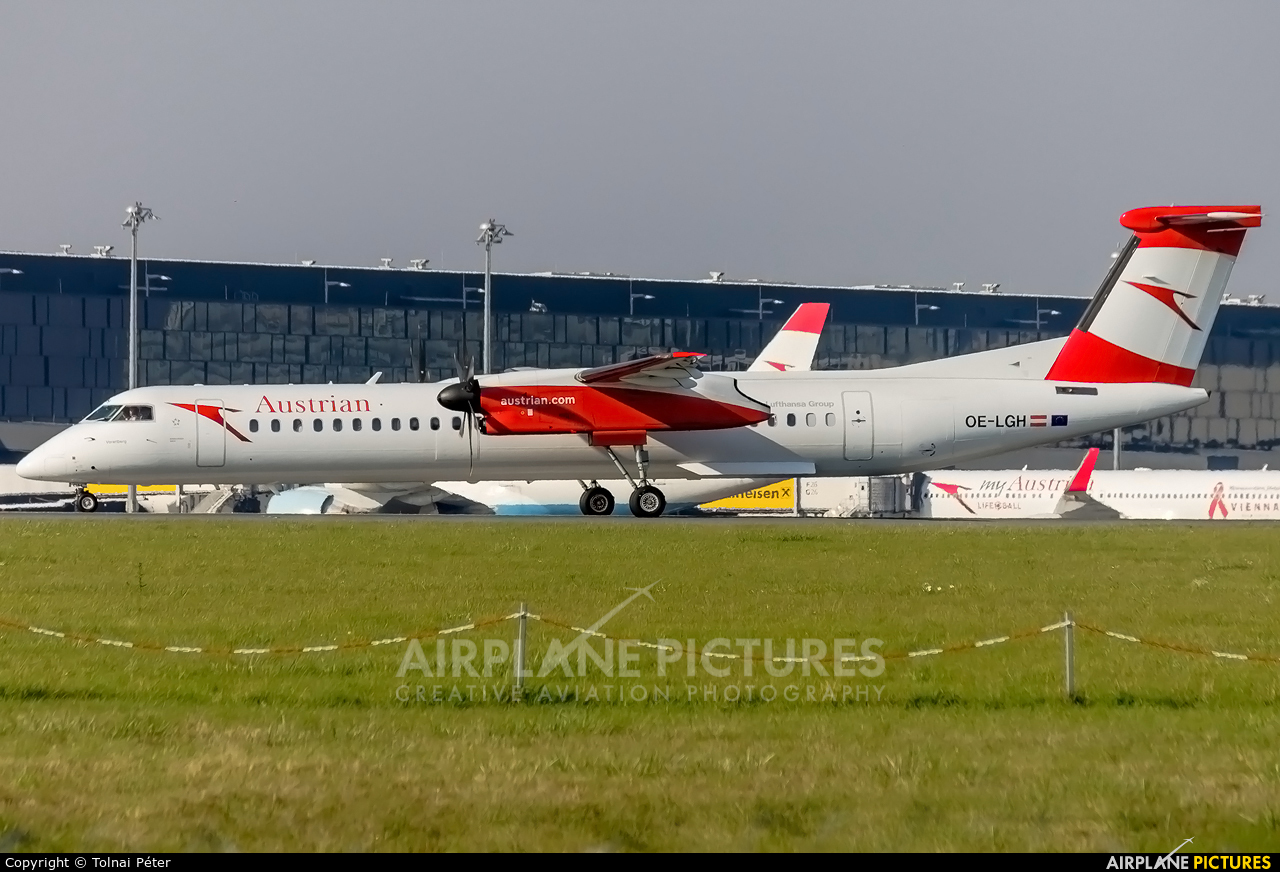 Austrian Airlines/Arrows/Tyrolean OE-LGH aircraft at Vienna - Schwechat