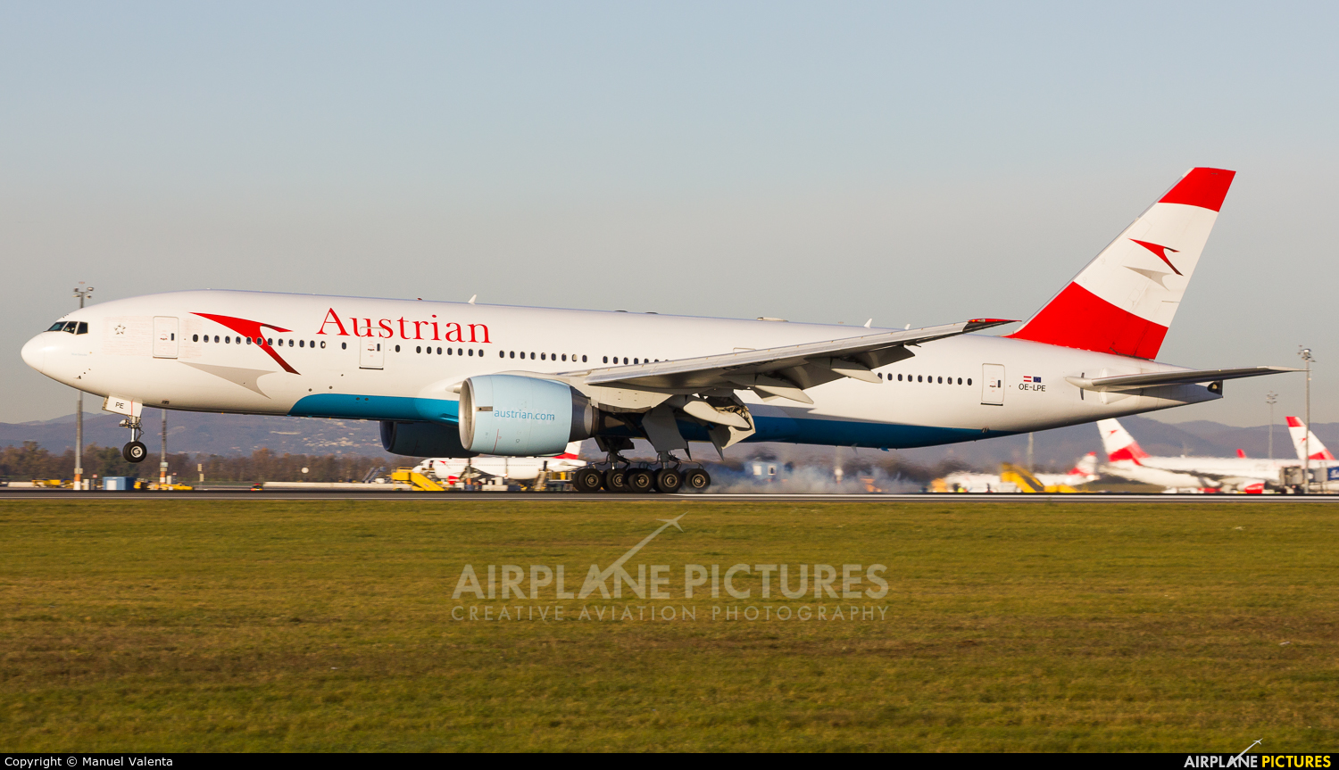 Austrian Airlines/Arrows/Tyrolean OE-LPE aircraft at Vienna - Schwechat