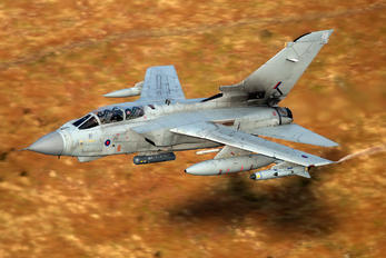 ZG705 - Royal Air Force Panavia Tornado GR.4 / 4A