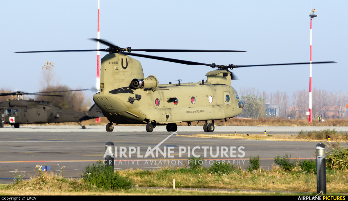 USA - Army 15-08189 aircraft at Craiova