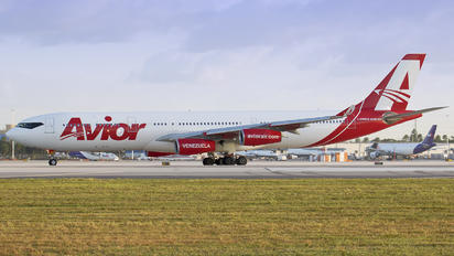 YV3292 - Avior Airlines Airbus A340-300