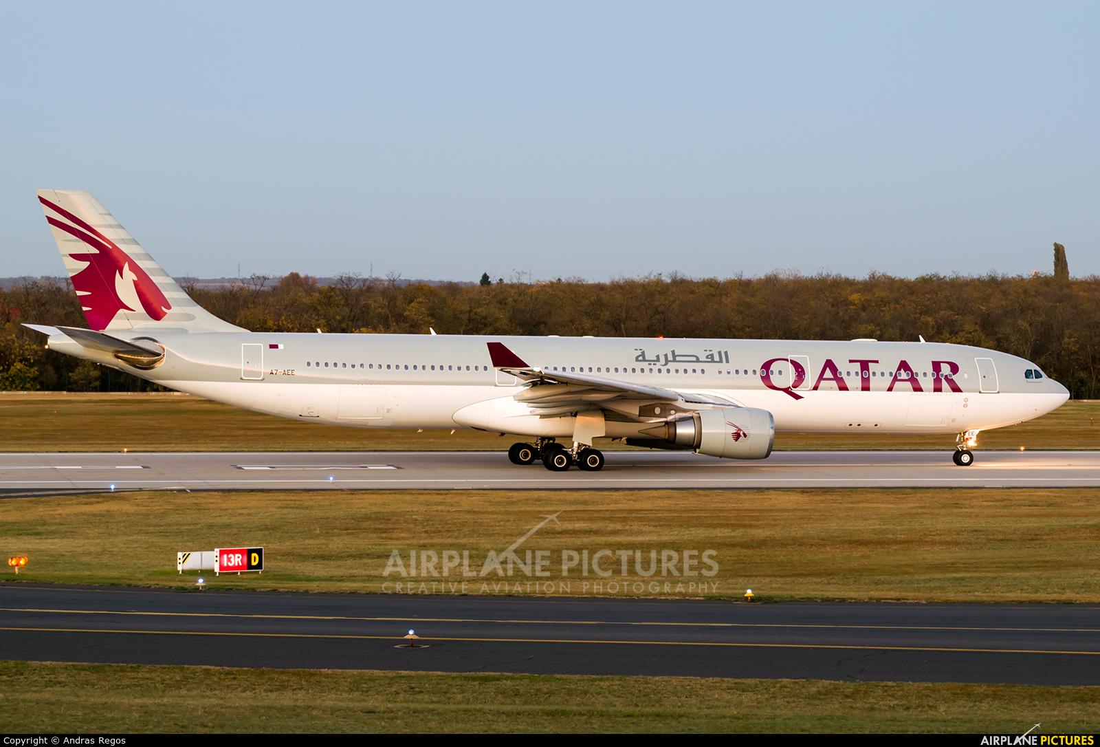 Qatar Airways A7-AEE aircraft at Budapest Ferenc Liszt International Airport