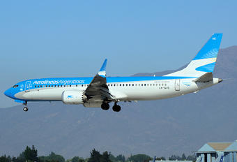 LV-GVE - Aerolineas Argentinas - Airport Overview - Aircraft Detail