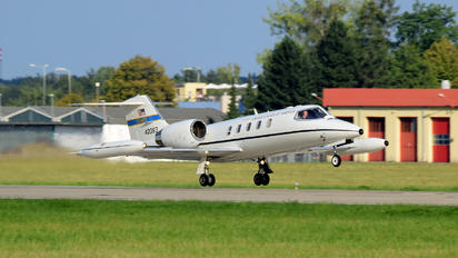 40083 - USA - Air Force Learjet C-21A