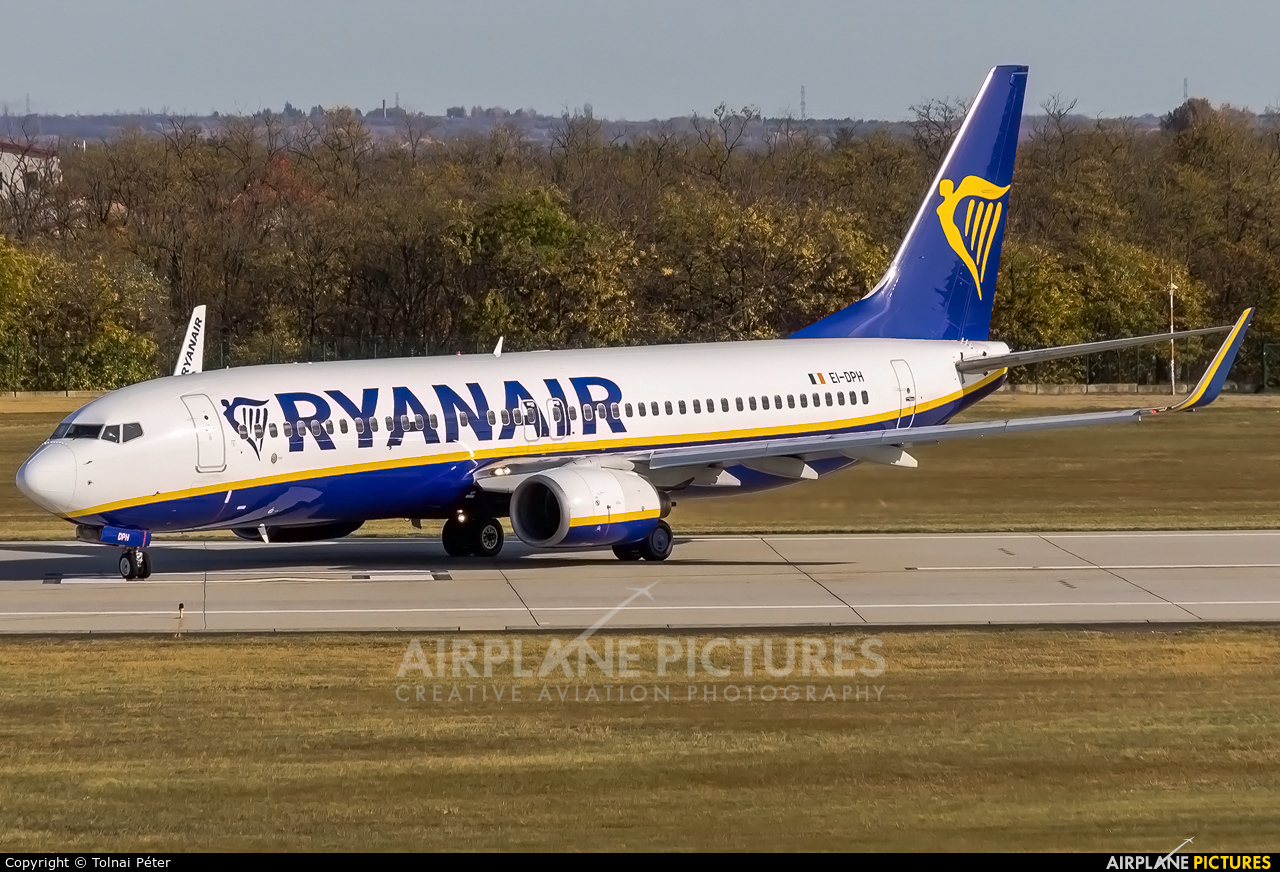Ryanair EI-DPH aircraft at Budapest Ferenc Liszt International Airport