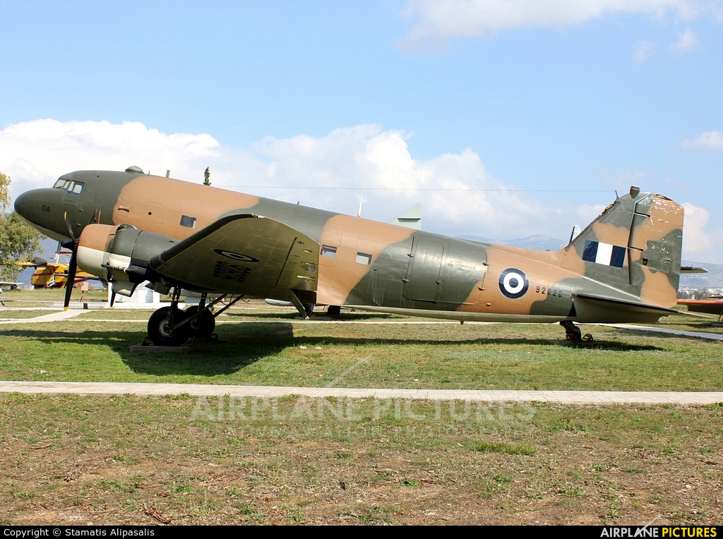 Greece - Hellenic Air Force 92626 aircraft at Elefsina