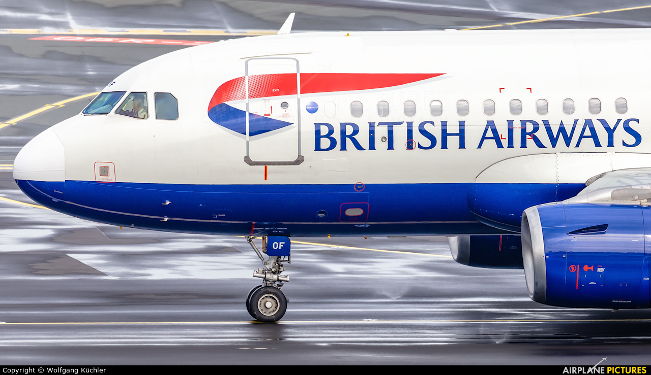 British Airways G-EUOF aircraft at Düsseldorf