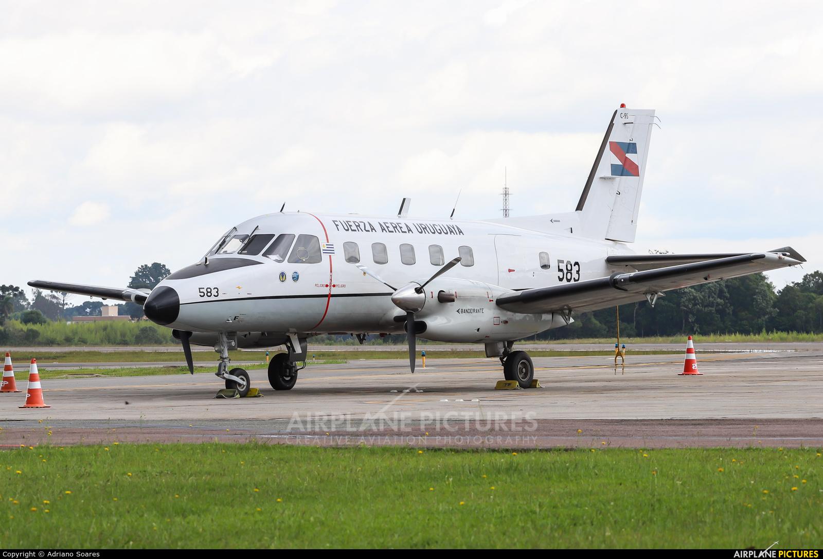 Uruguay - Air Force FAU583 aircraft at Curitiba -  Afonso Pena