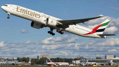 A6-EGO - Emirates Airlines Boeing 777-300ER