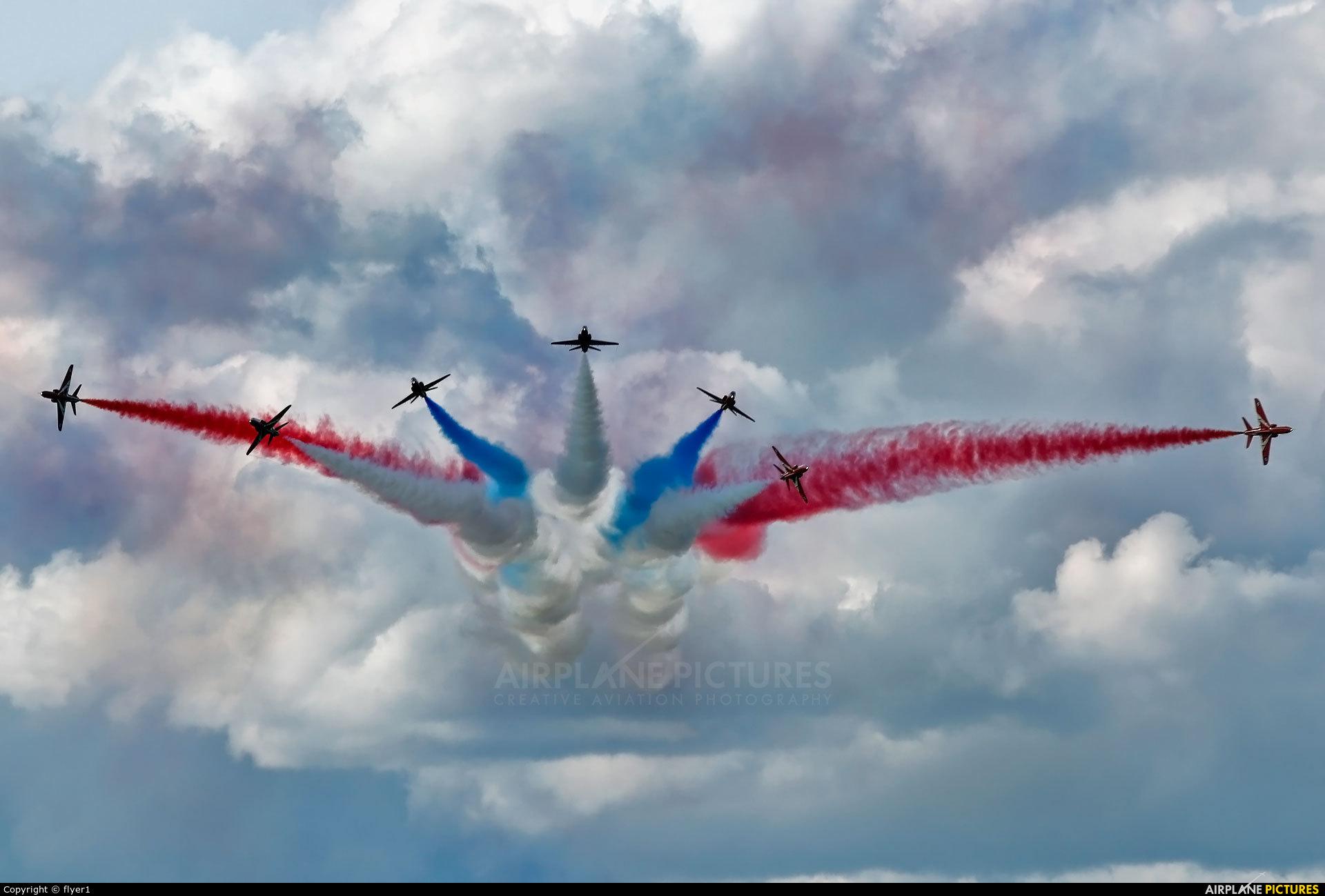 """Royal Air Force """"Red Arrows"""" XX227 aircraft at Dunsfold"""