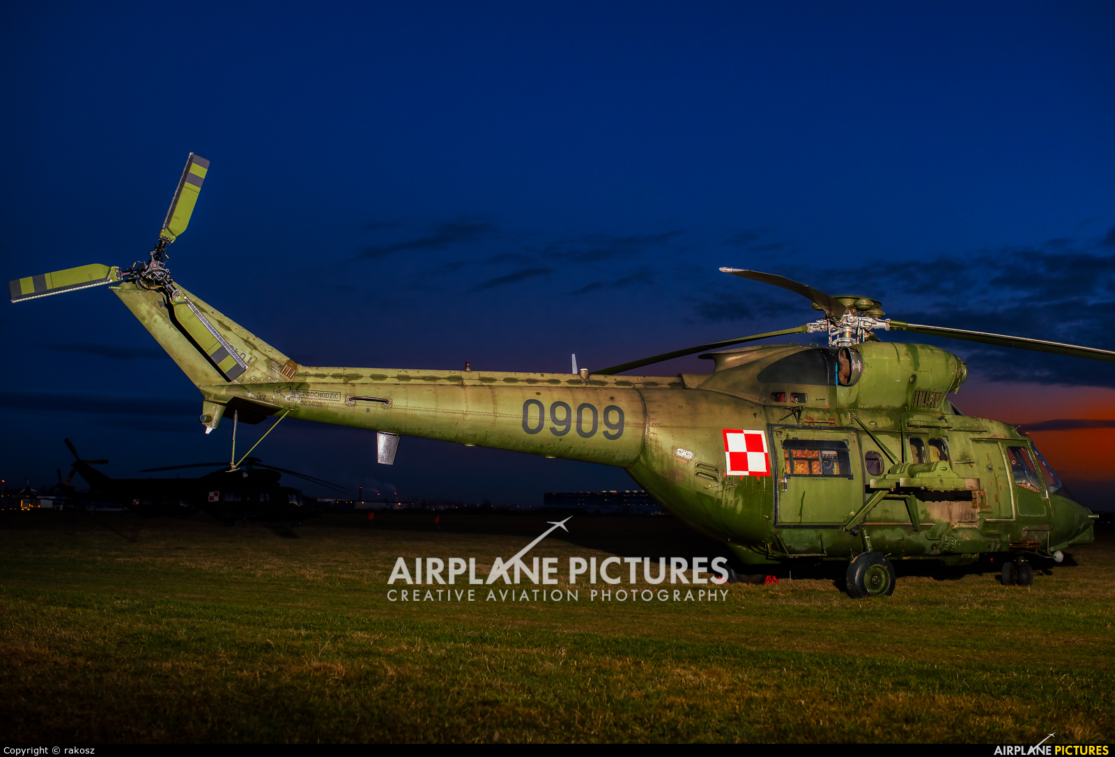 Poland - Army 0909 aircraft at Gliwice