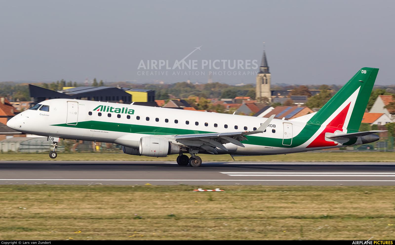 Alitalia EI-RDB aircraft at Brussels - Zaventem