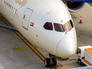 A6-BLR - Etihad Airways Boeing 787-9 Dreamliner