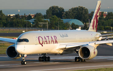 A7-ALP - Qatar Airways Airbus A350-900