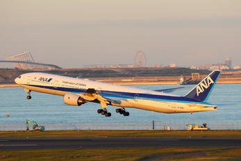 JA754A - ANA - All Nippon Airways Boeing 777-300