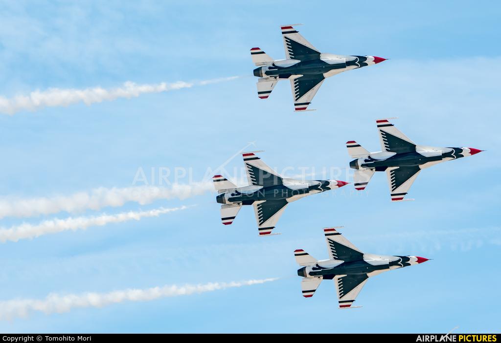 USA - Air Force : Thunderbirds 87-0319 aircraft at Nellis AFB