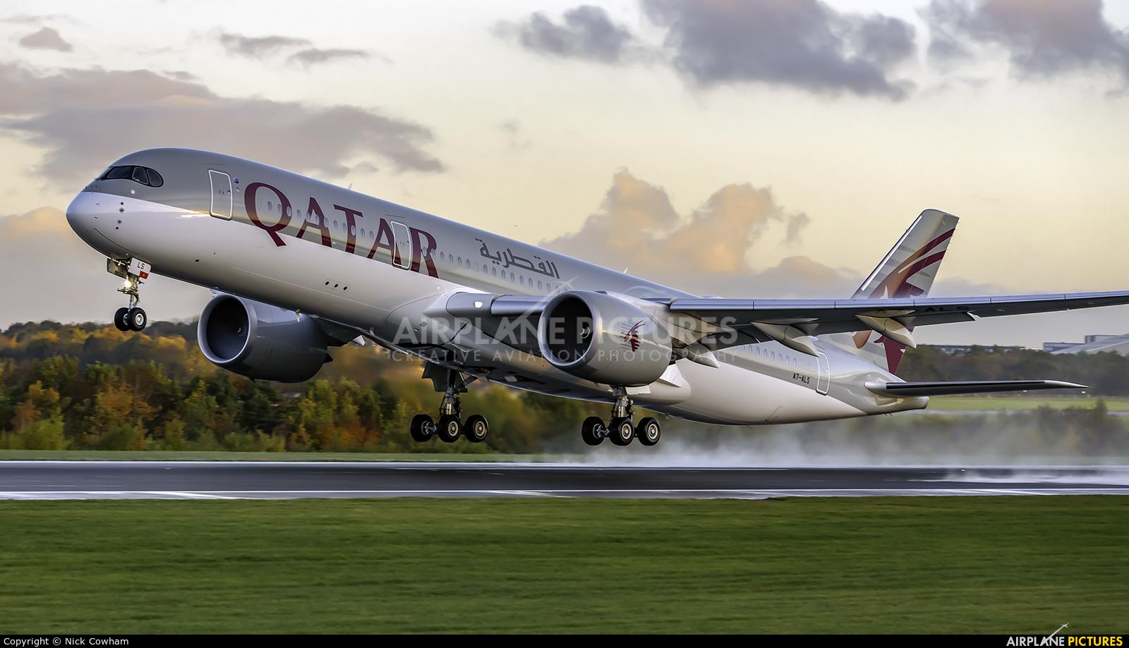 Qatar Airways A7-ALS aircraft at Manchester
