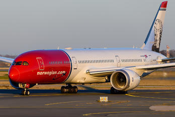 LN-LNV - Norwegian Long Haul Boeing 787-9 Dreamliner