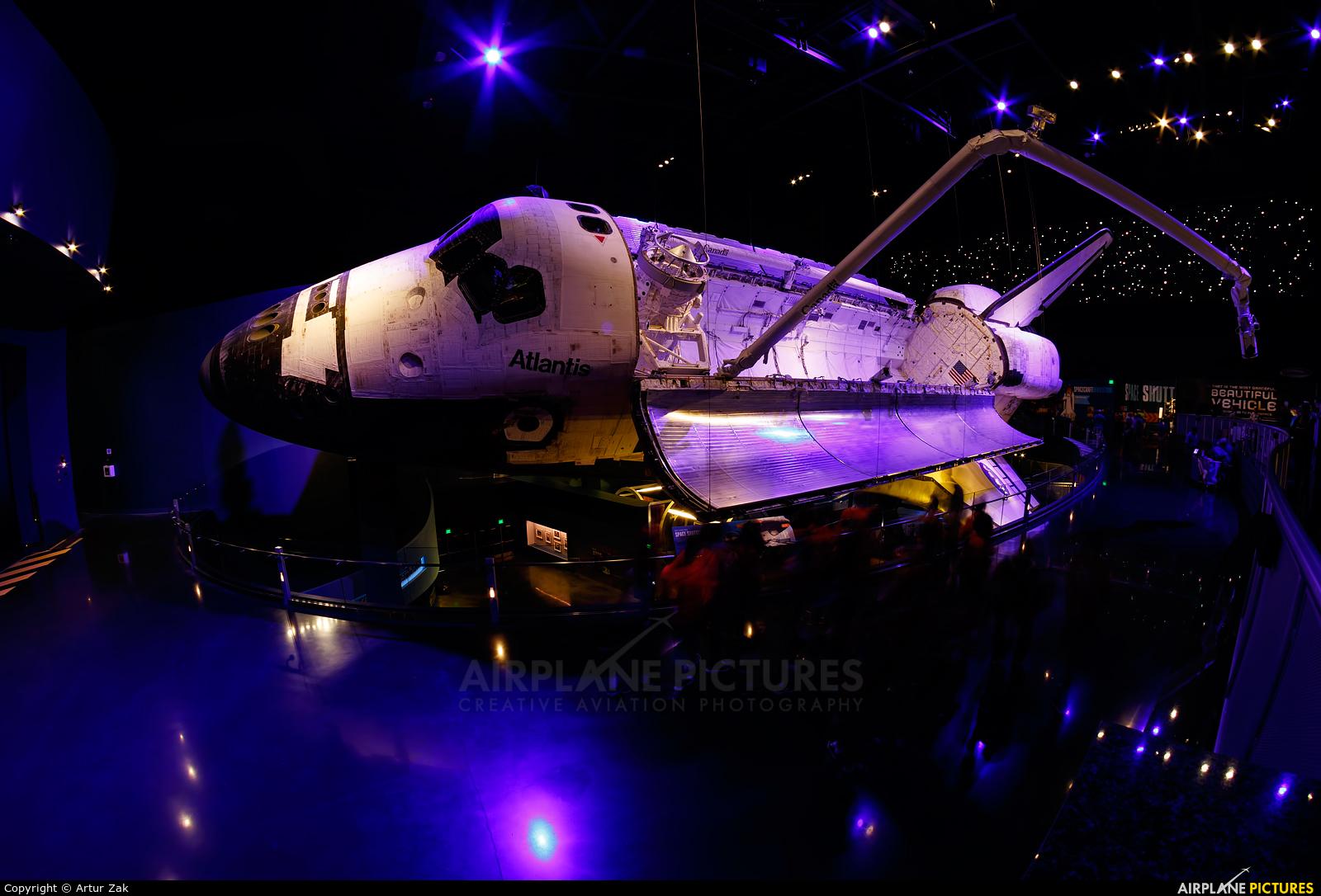 NASA OV-104 aircraft at Kennedy Space Centre