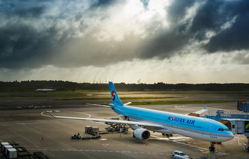 - - Korean Air Airbus A330-200