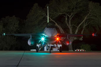 15131 - Portugal - Air Force General Dynamics F-16AM Fighting Falcon
