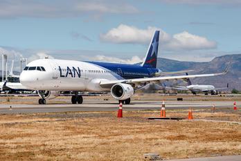 CC-BEG - LATAM Chile Airbus A321