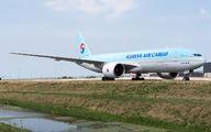 HL8252 - Korean Air Cargo Boeing 777F aircraft
