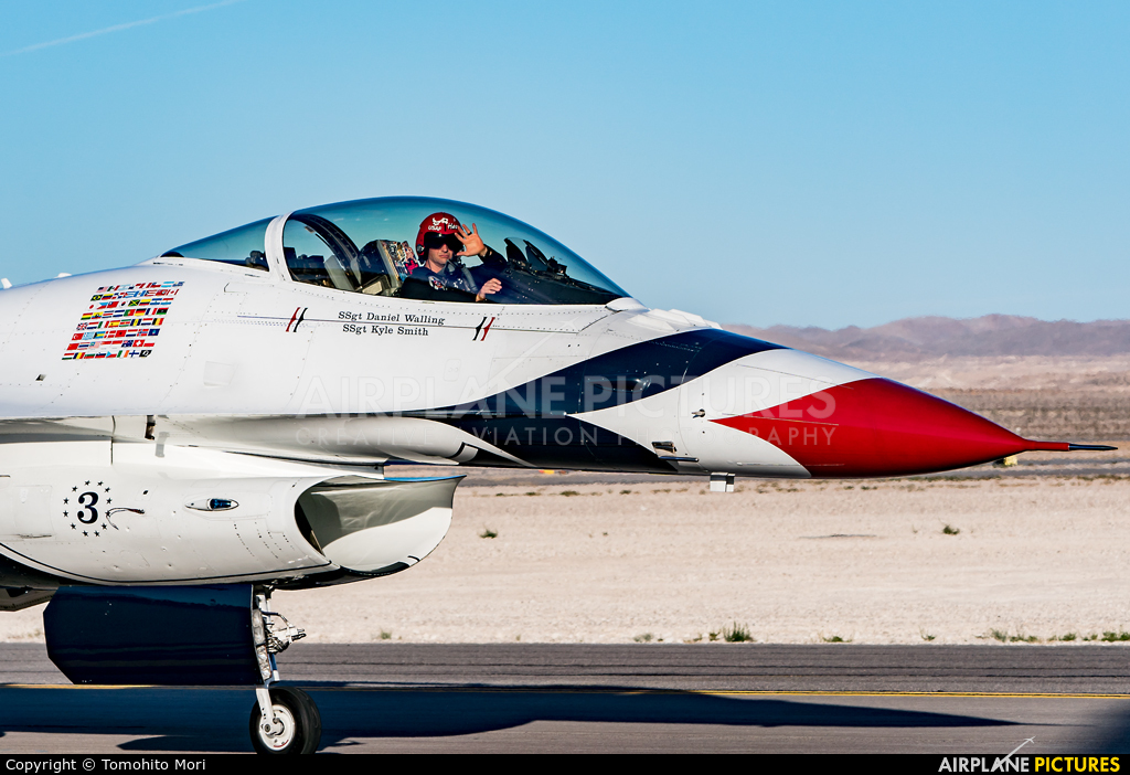 USA - Air Force : Thunderbirds 82-3898 aircraft at Nellis AFB