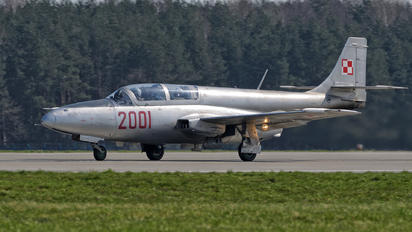 2001 - Poland - Air Force PZL TS-11 Iskra