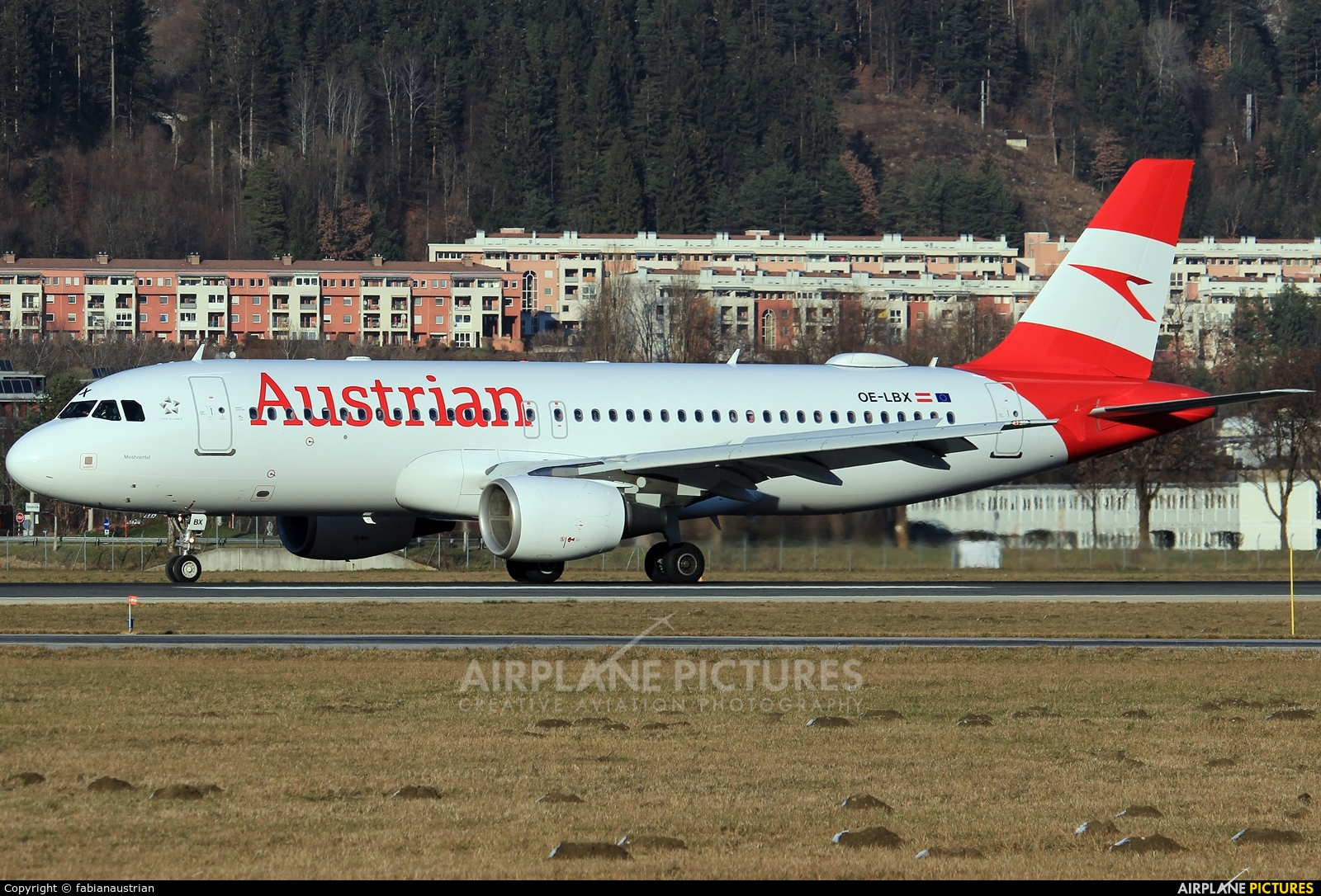 Austrian Airlines/Arrows/Tyrolean OE-LBX aircraft at Innsbruck