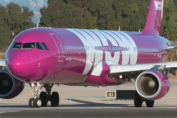 TF-KID - WOW Air Airbus A321