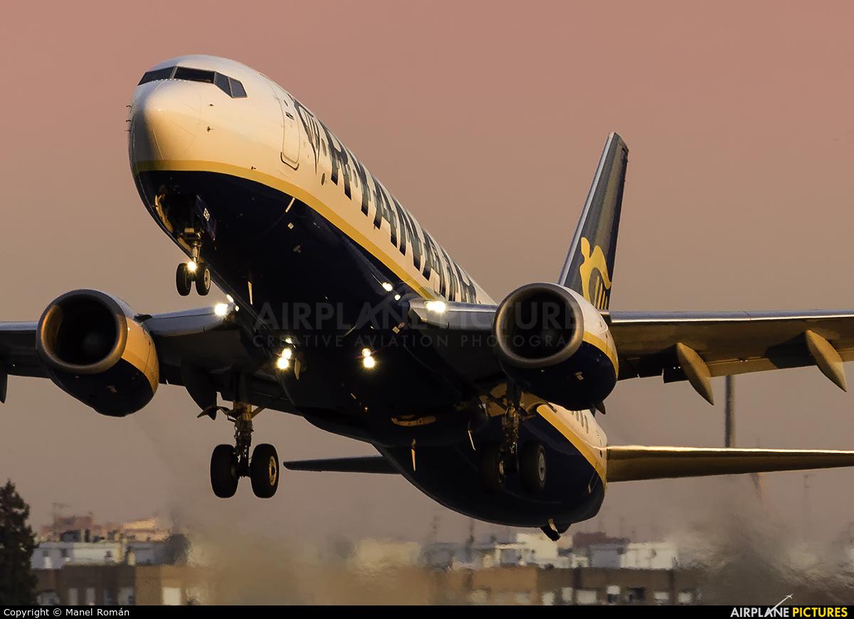 Ryanair EI-EBO aircraft at Valencia