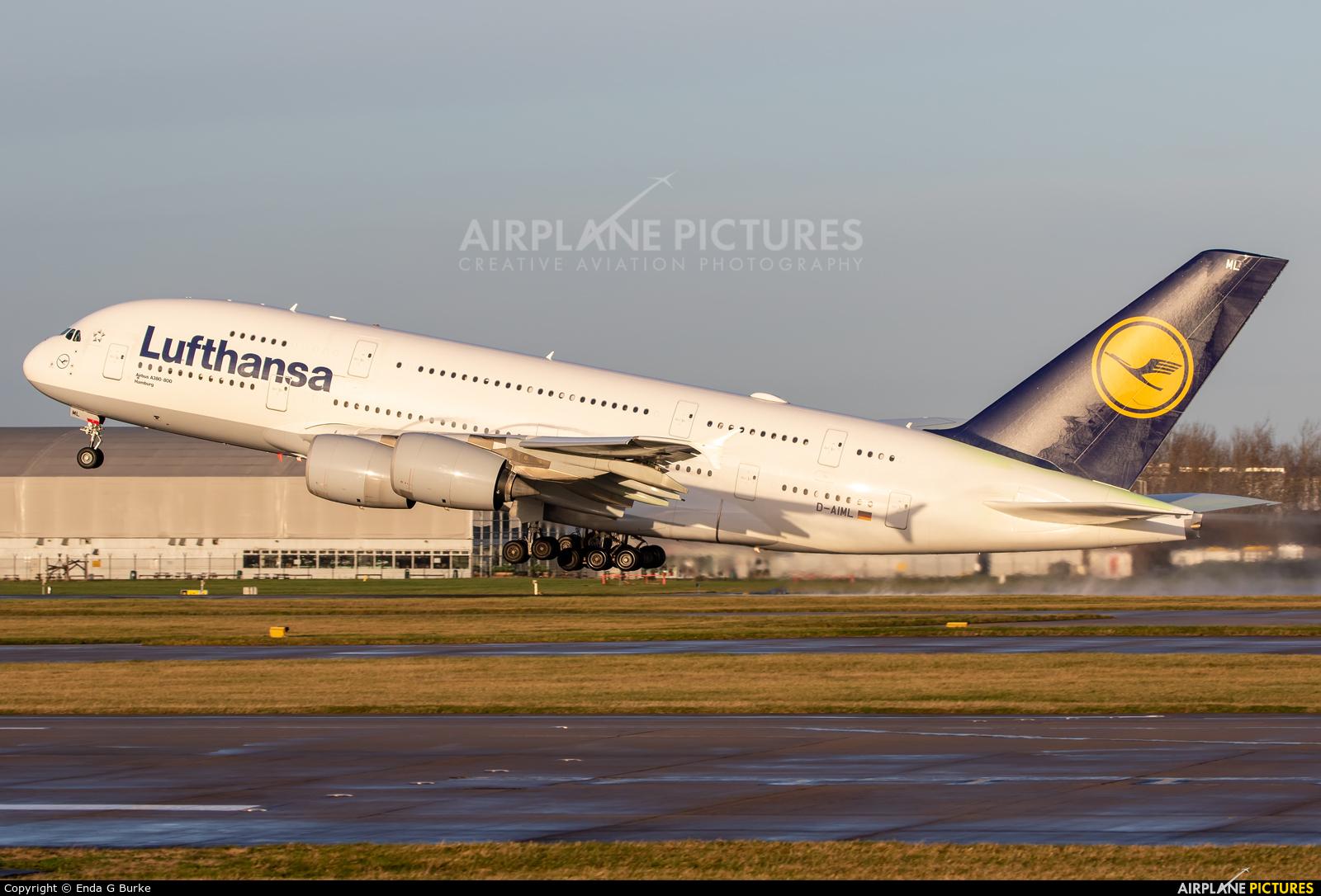 Lufthansa D-AIML aircraft at Manchester