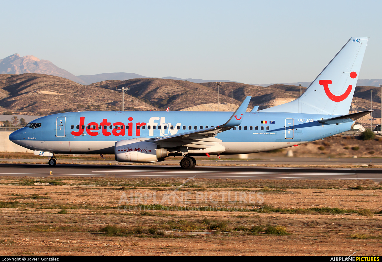 Jetairfly (TUI Airlines Belgium) OO-JAS aircraft at Alicante - El Altet