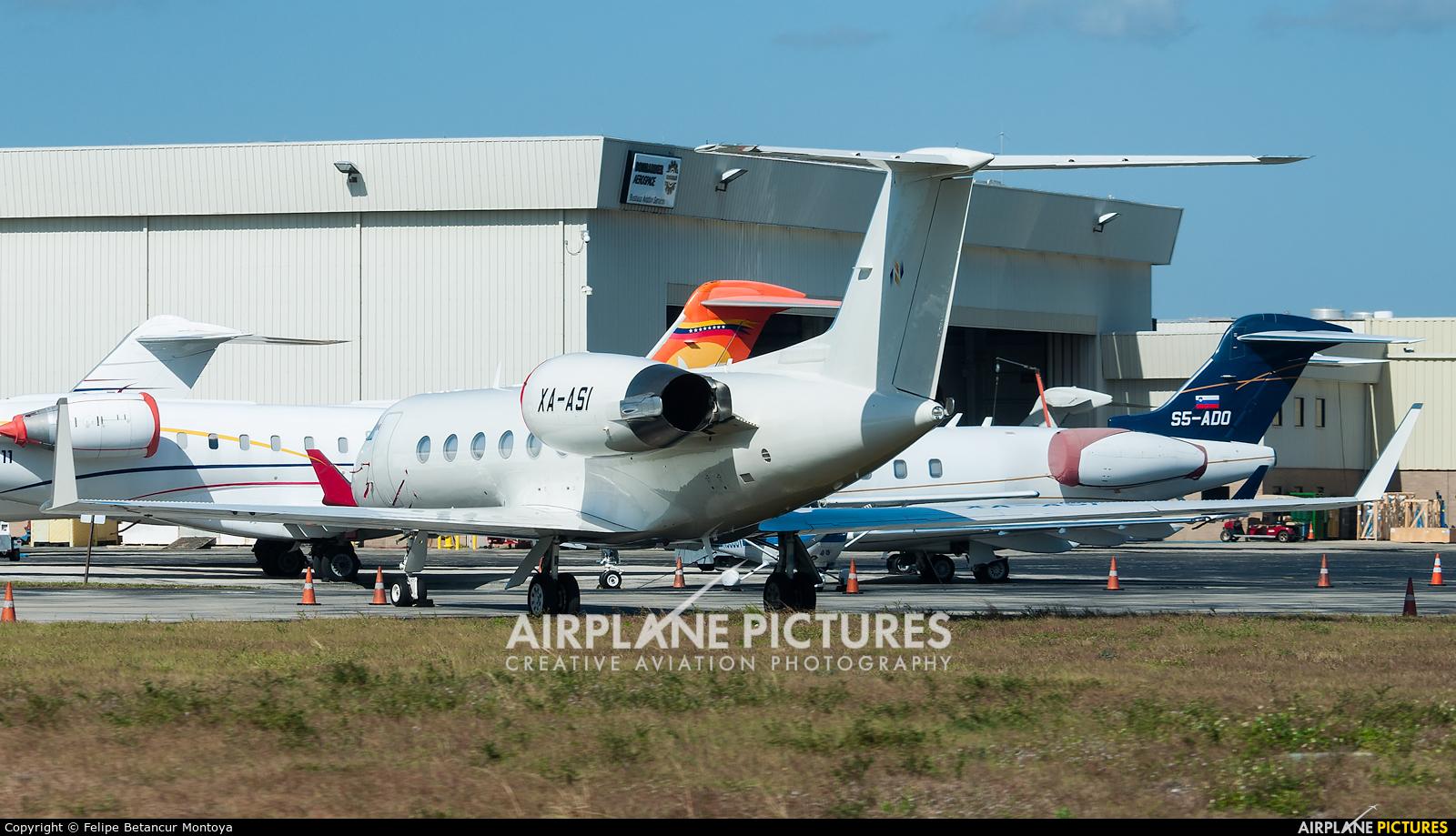 Private XA-ASI aircraft at Fort Lauderdale - Hollywood Intl