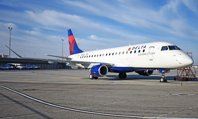 N258SY - Delta Connection - SkyWest Airlines Embraer ERJ-175 (170-200)