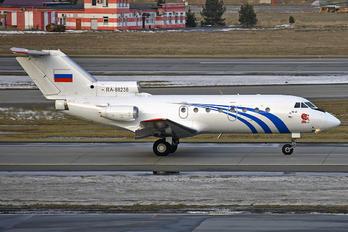 RA-88236 - Private Yakovlev Yak-40