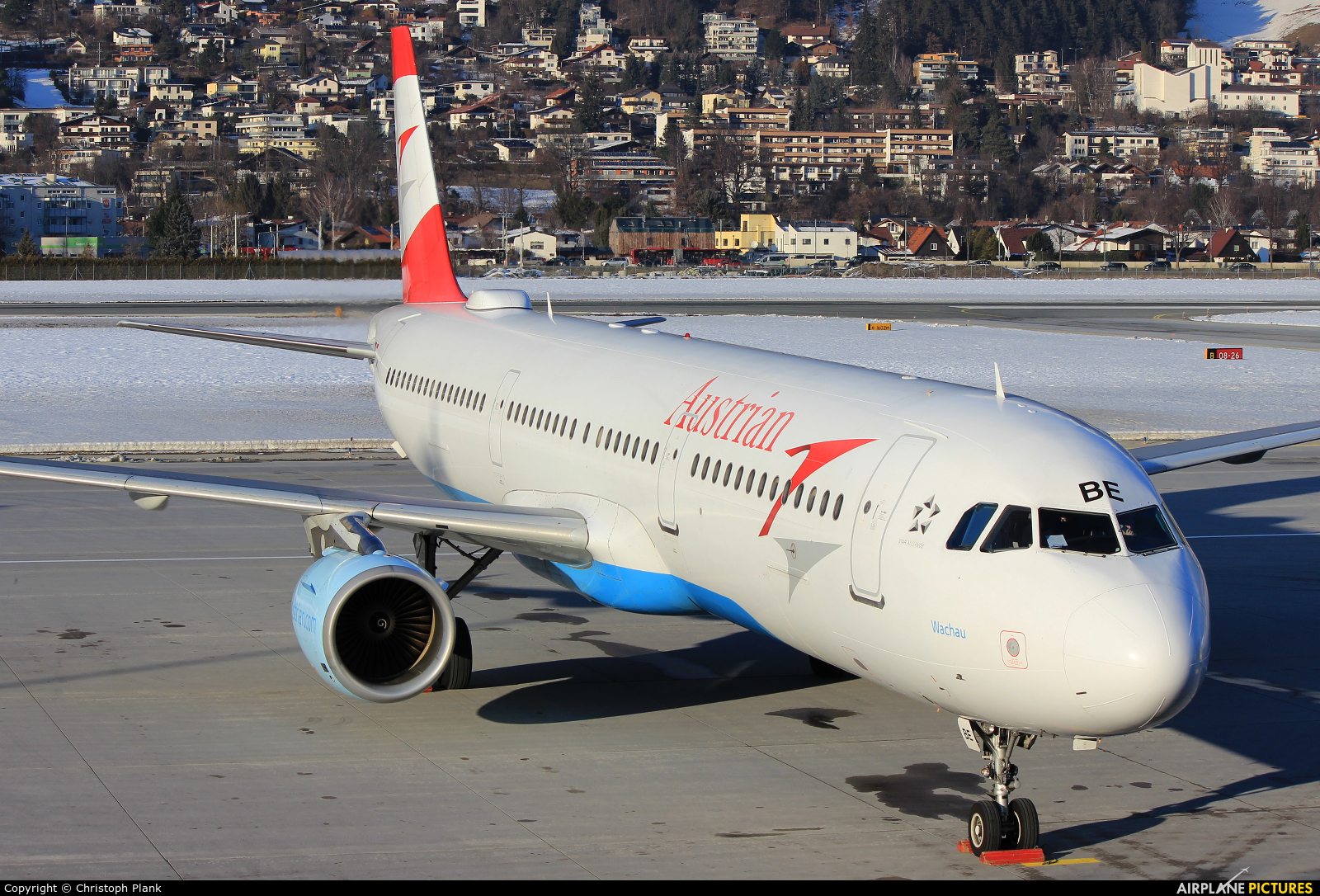 Austrian Airlines/Arrows/Tyrolean OE-LBE aircraft at Innsbruck