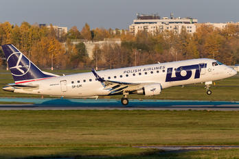 SP-LIK - LOT - Polish Airlines Embraer ERJ-175 (170-200)
