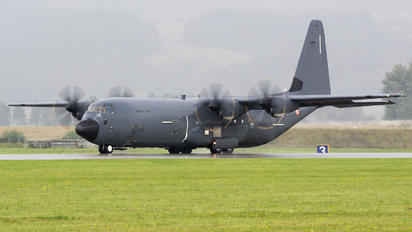 5836 - France - Air Force Lockheed C-130J Hercules