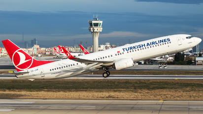 TC-JYE - Turkish Airlines Boeing 737-900ER