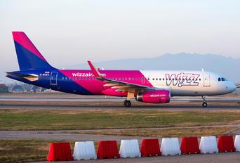 G-WUKD - Wizz Air UK Airbus A321