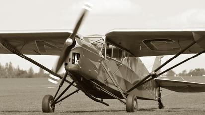 G-ACUS - Private de Havilland DH. 85 Leopard Moth