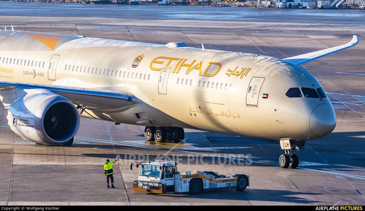 Etihad Airways A6-BLH aircraft at Düsseldorf