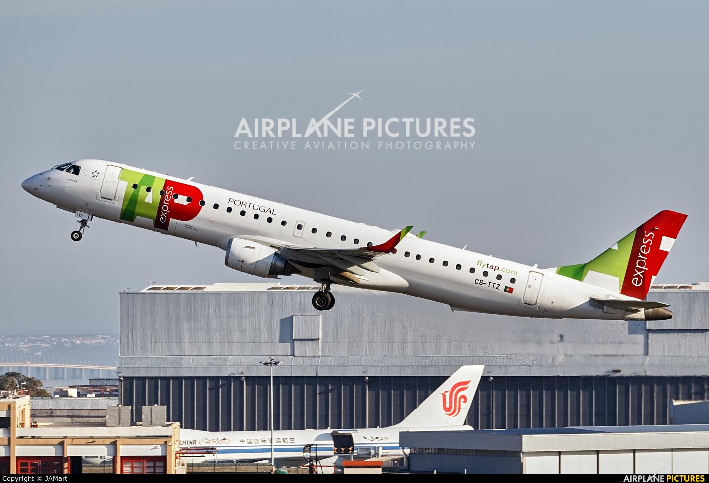 TAP Express CS-TTZ aircraft at Lisbon