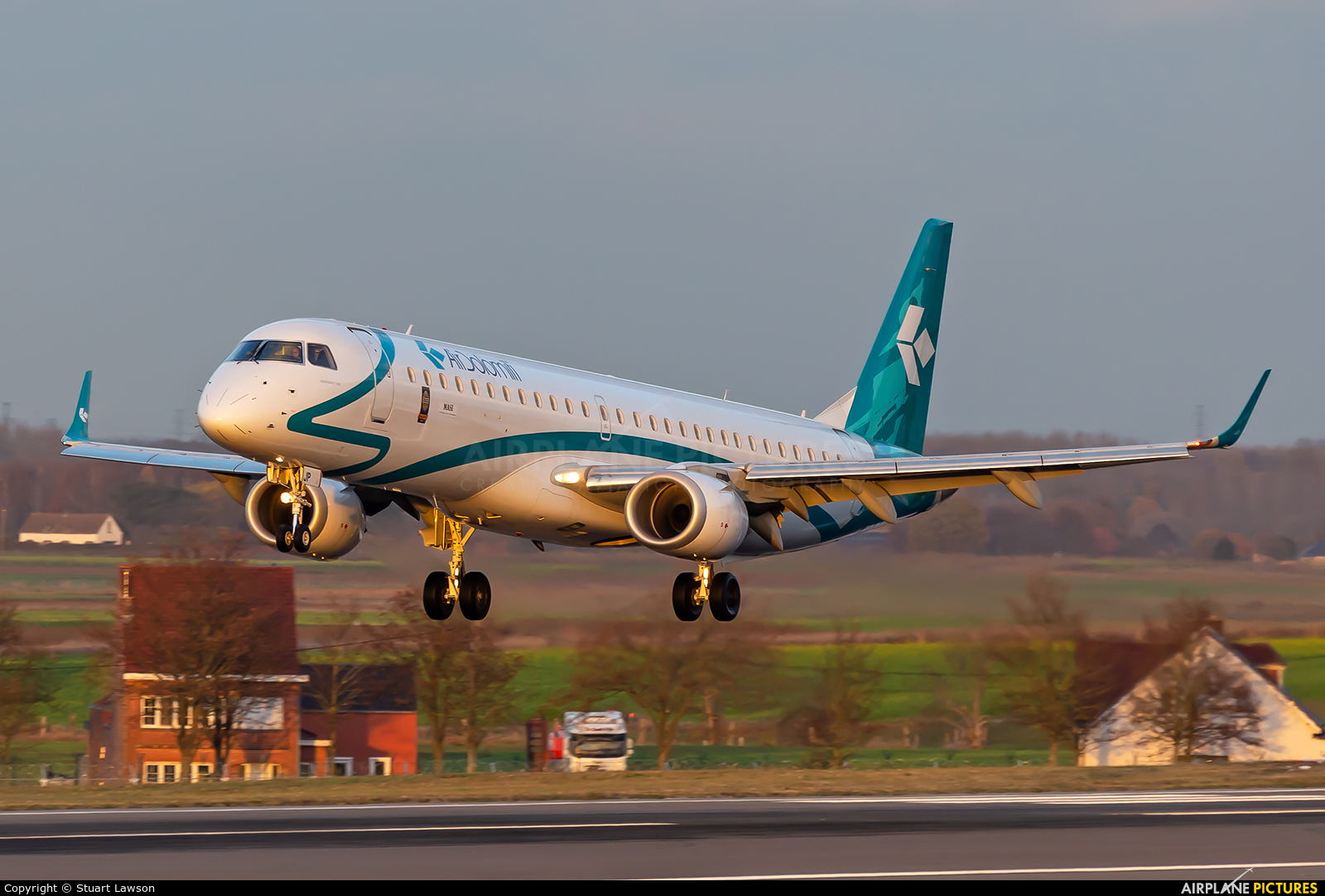 Air Dolomiti I-ADJP aircraft at Brussels - Zaventem