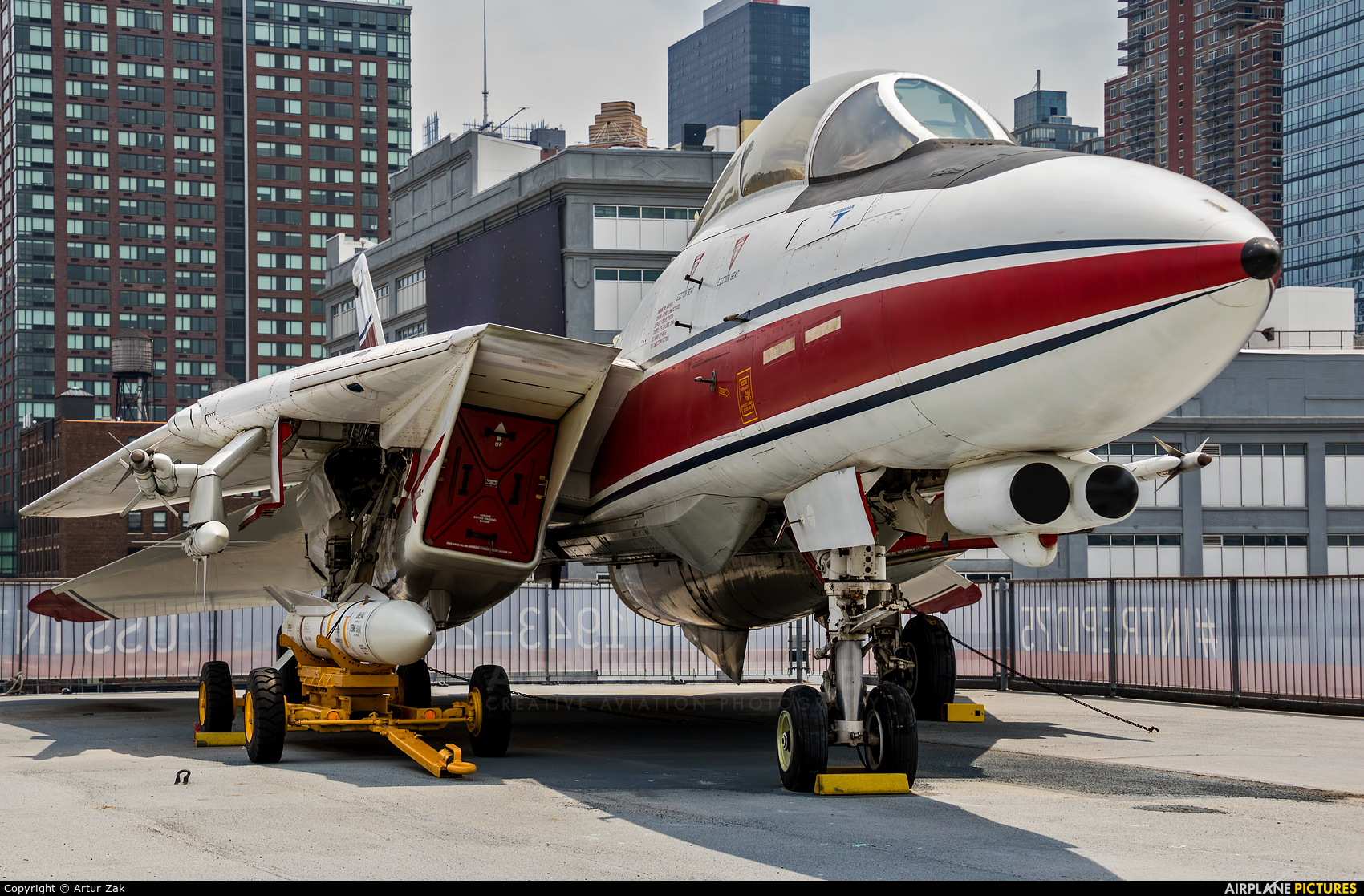 USA - Navy 157986 aircraft at New York - Intrepid Sea Air Museum