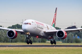 5Y-KZG - Kenya Airways Boeing 787-8 Dreamliner
